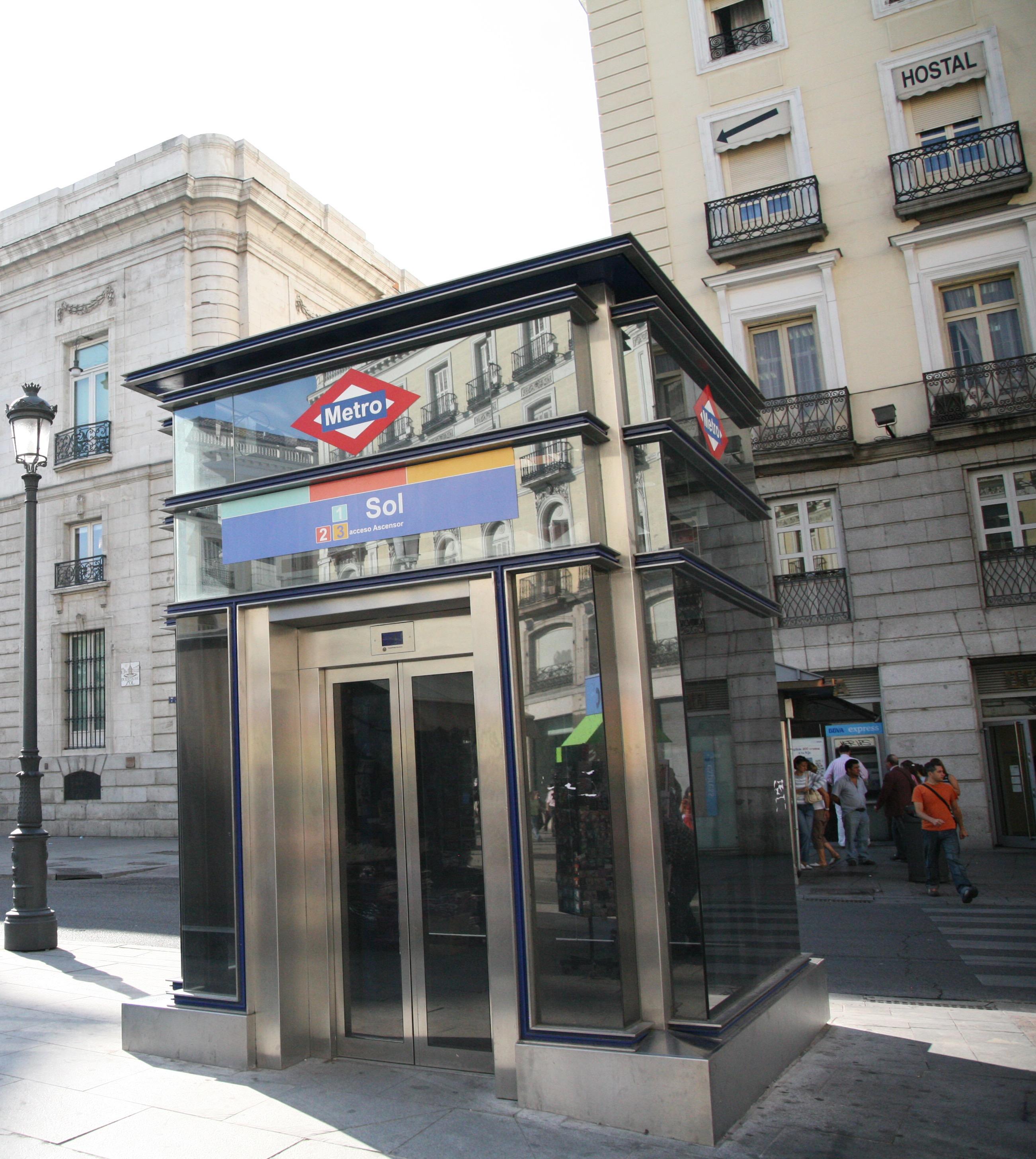 Ascensor de Metro en la Puerta del Sol
