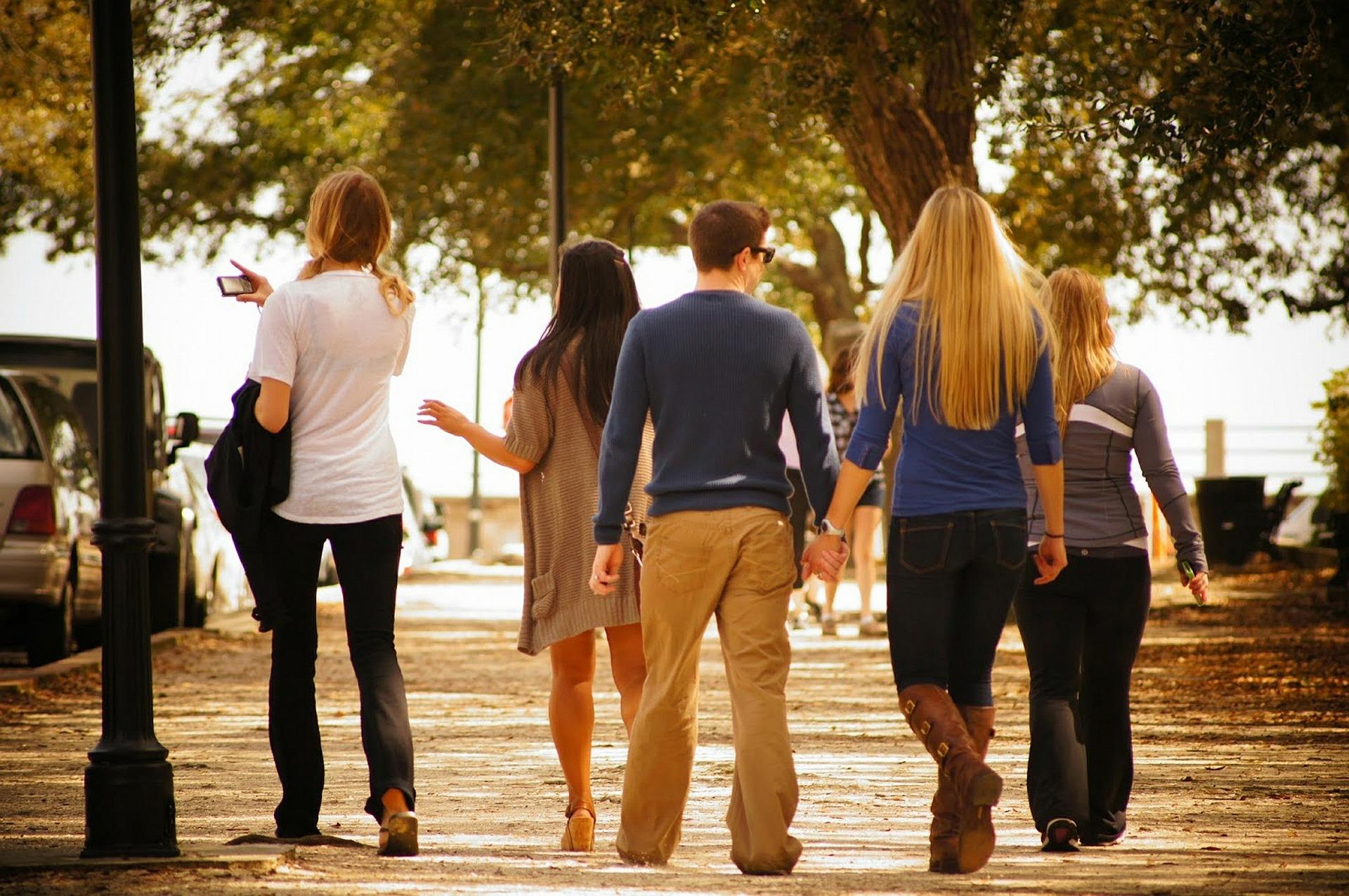 La Comunidad acude a las universidades para informar sobre sus ...