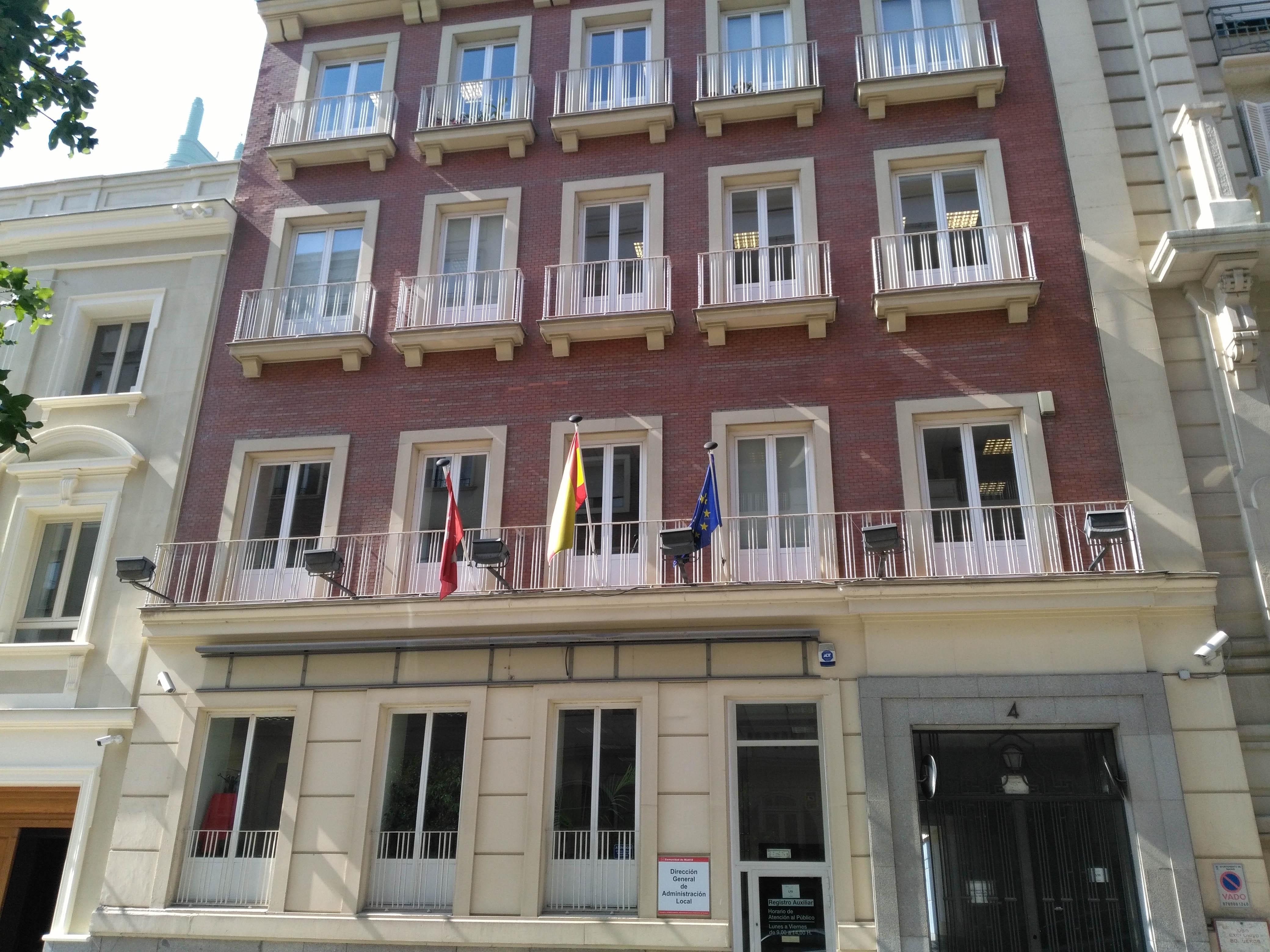 fachada de la Dirección General Administración Local