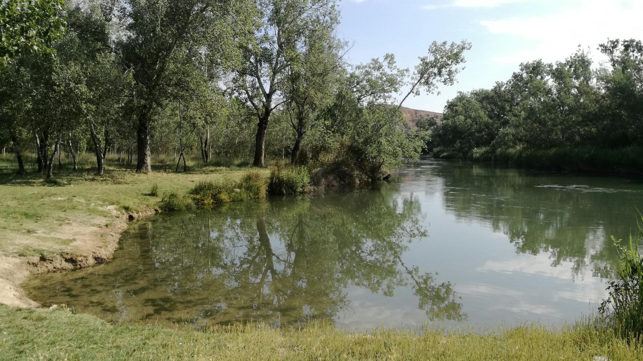 Imagen de la zona de baño de Los Villares en Estremera