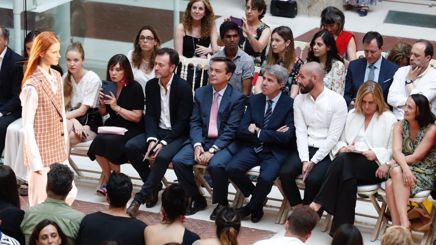 Garrido asiste al desfile de Duarte en la 'Mercedes-Benz Fashion Week Madrid 2018'