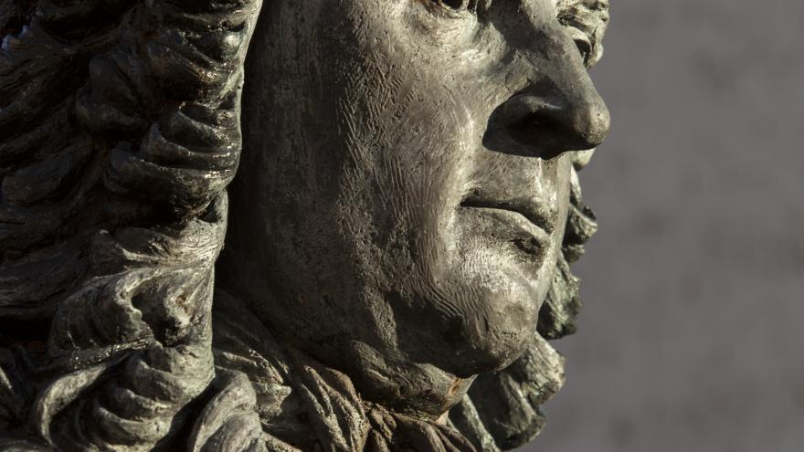 Cabeza de la estatua de Juan de Goyeneche en Nuevo Baztán