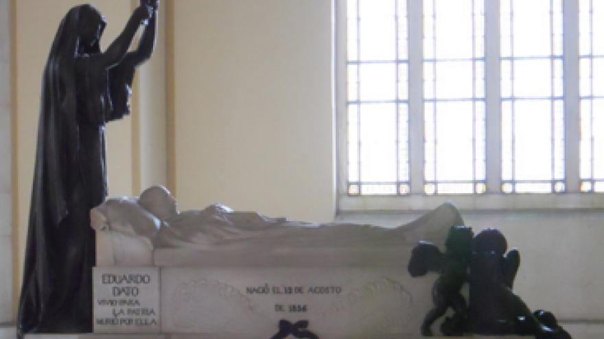 Mausoleo Eduardo Dato en el Panteón de Hombres Ilustres