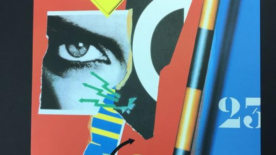 Collage con un recorte fotográfico donde se ve un ojo, una señal de incendios y el número 23