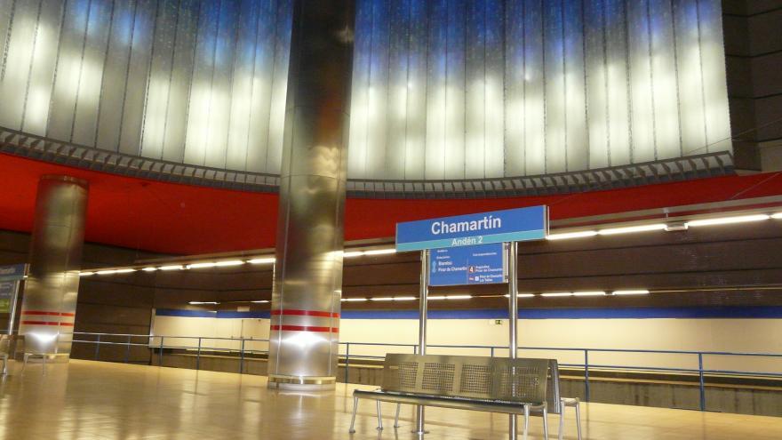 Andén de la estación de Chamartín