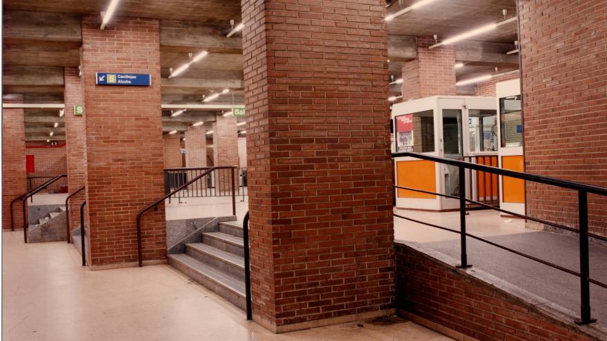 Vestíbulo estación Ventas