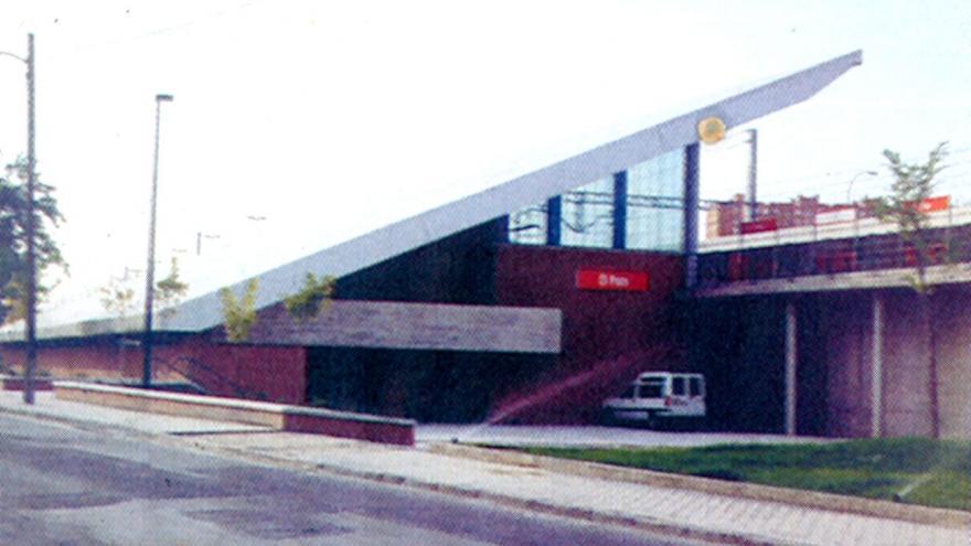 Vista desde el exterior de la estación de El Pozo