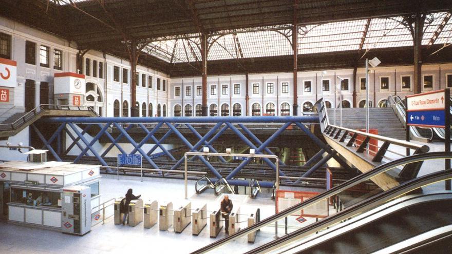 Vista vestíbulo estación Príncipe Pío