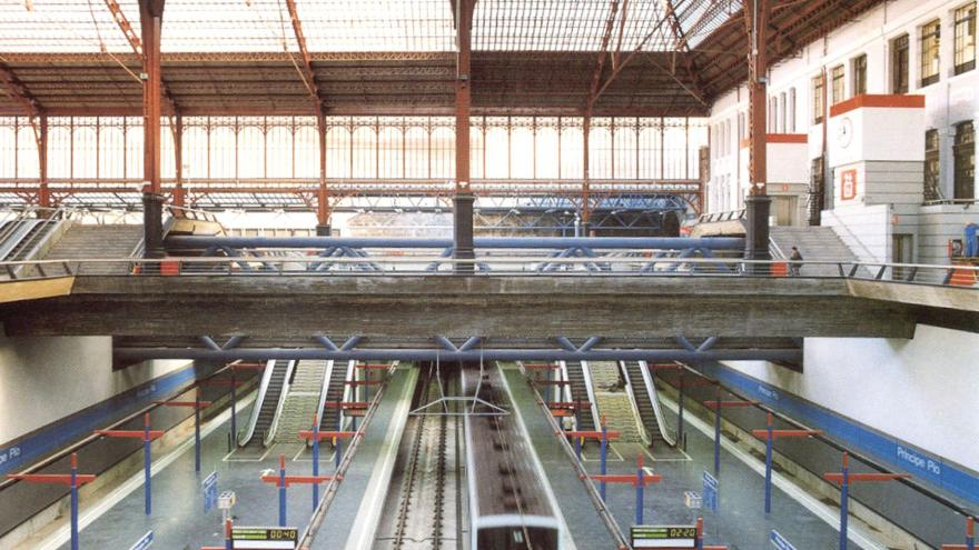 Vista de los andenes de las líneas 6 y 10