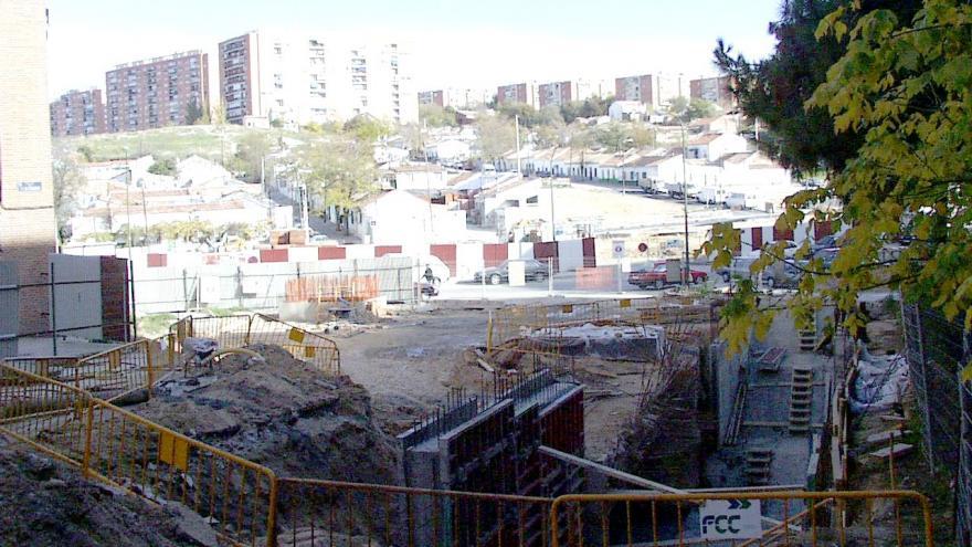 Acceso estación Antonio Machado