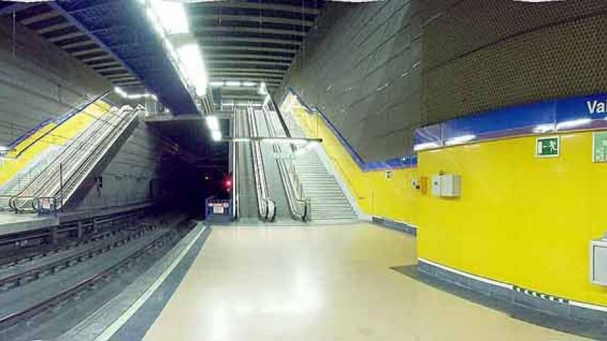 Andenes estación Valdebernardo