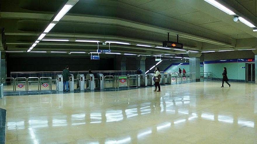 Vestíbulo estación Vicálvaro