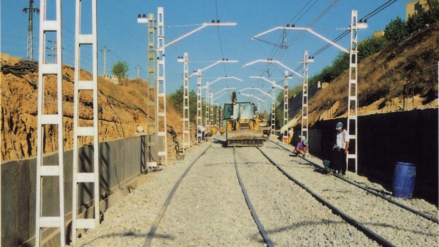 construcción estación Eugenia de Montijo