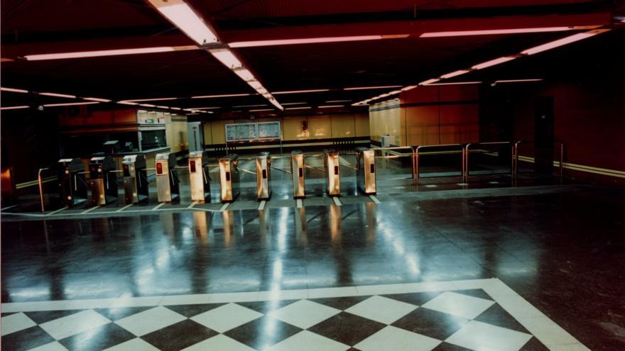 Vestíbulo estación de Lucero