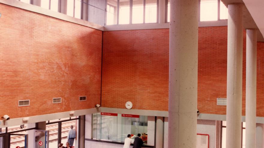 Interior de la estación