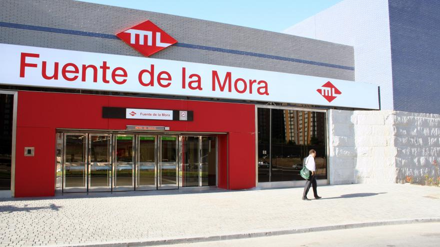 Acceso estación Fuente de la Mora