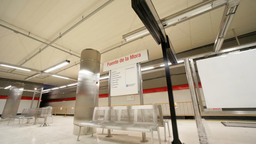 Andén estación Fuente de la Mora