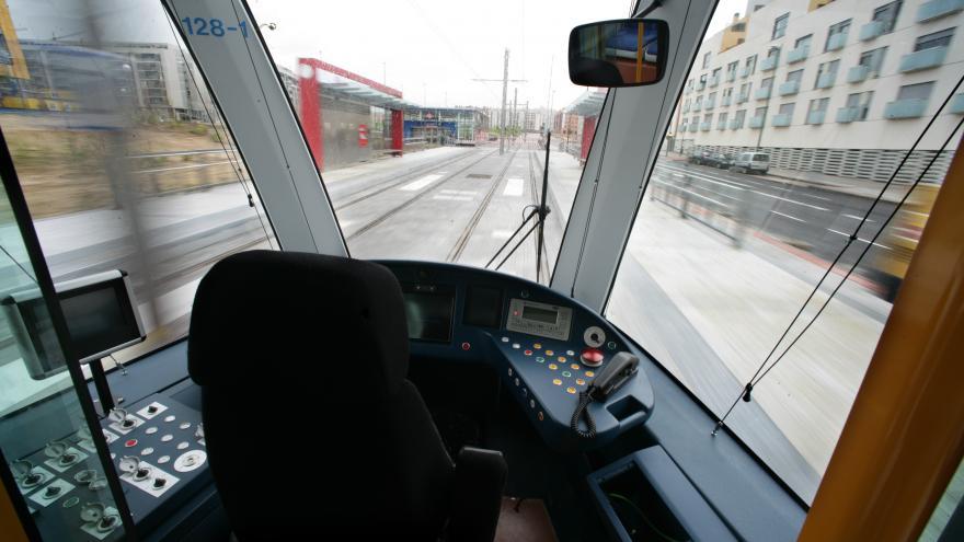 Estación Las Tablas vista desde la cabina de un tren