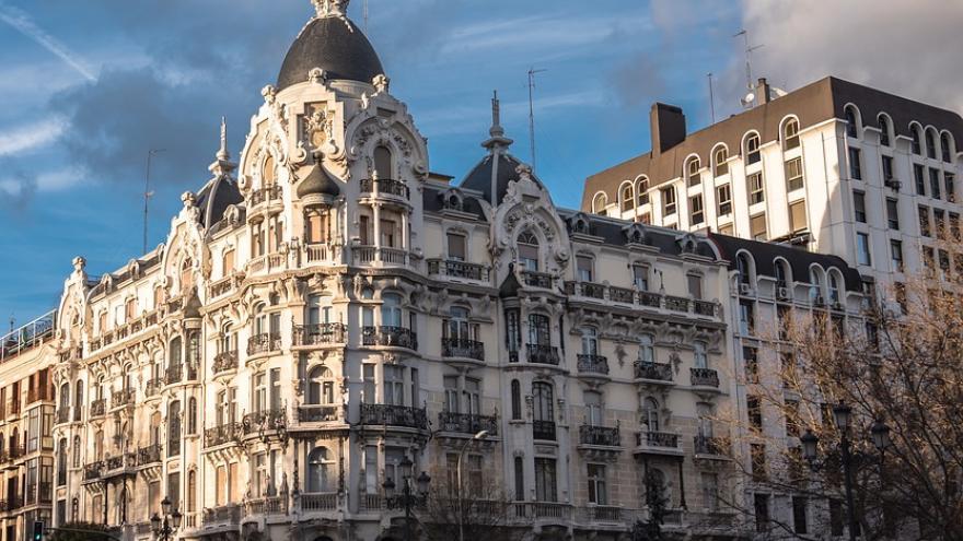 Edificio en la Plaza de España