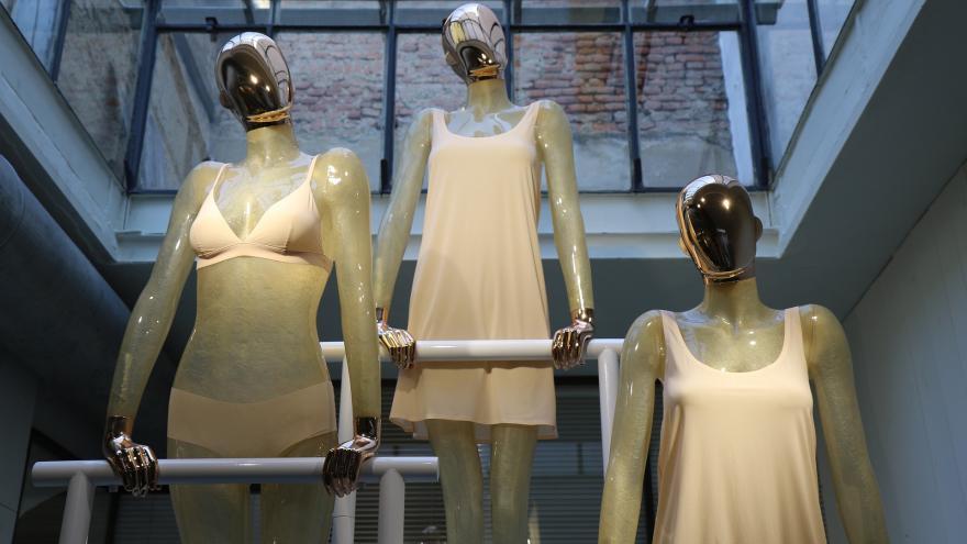 Maniquíes tienda de moda