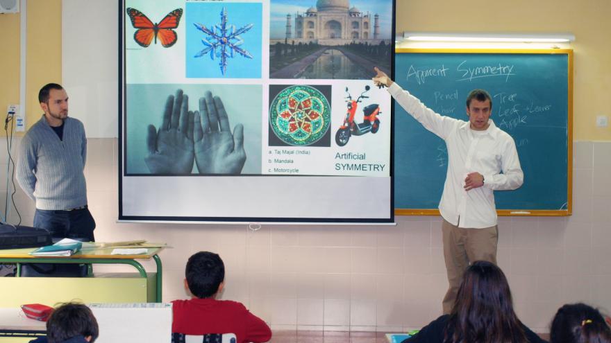 Clase en inglés en un colegio