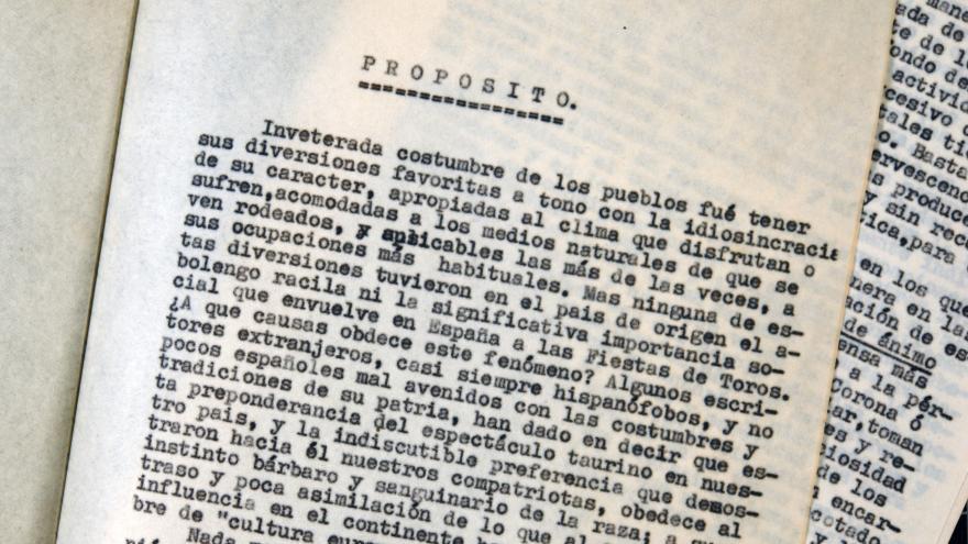 """Manuscrito de """"Taurofilia racial"""" de Fernando Villalón"""