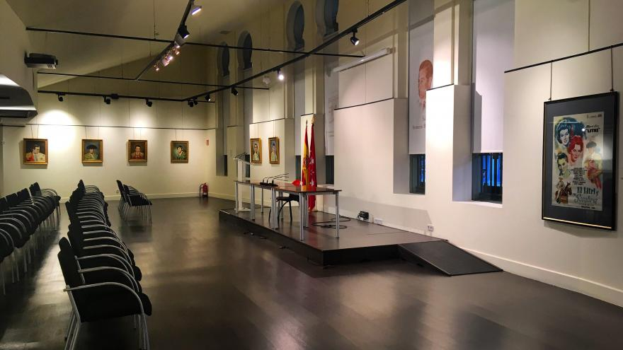 """El universo taurino de Jano"" en la Sala Antonio Bienvenida"