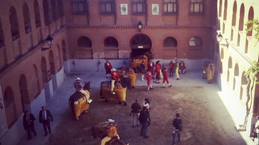 Los picadores antes del festejo en el Patio de Caballos