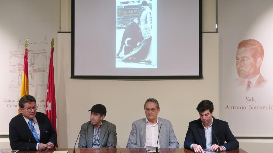 """Presentación del libro """"Juan Mora. El torero en verso"""""""