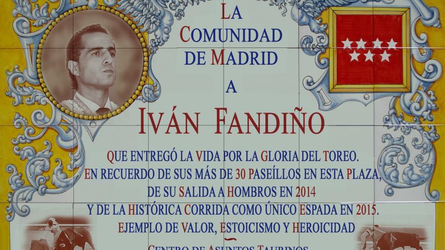 Azulejo-homenaje a Iván Fandiño