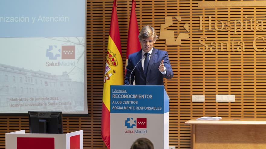 El director general de Humanización y Atención al Paciente, Alberto Tomé, durante su intervención