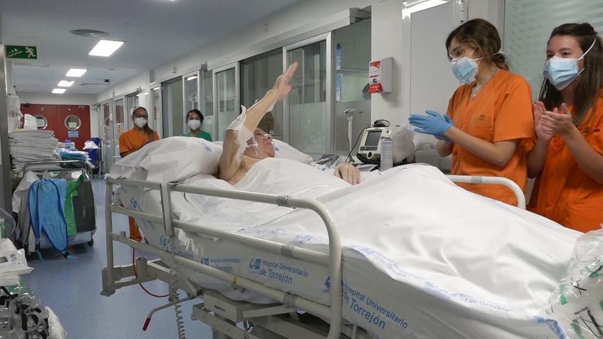 El paciente sale de la UCI del Hospital Gregorio Marañón