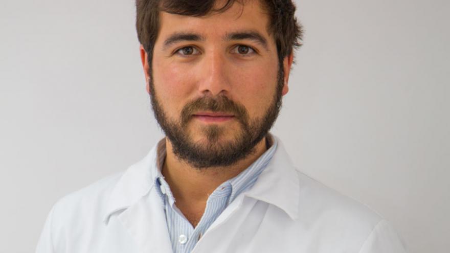Imagen del Dr Alfonso Santamaria Gadea del Servicio de Otorrinolaringología del Hospital Universitario Ramón y Cajal