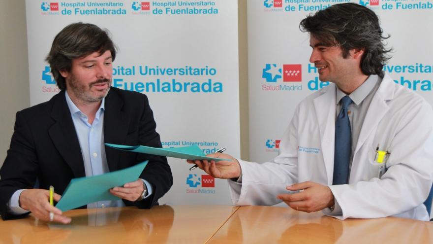 Firma del convenio entre el Hospital de Fuenlabrada y la Fundación Entre Culturas