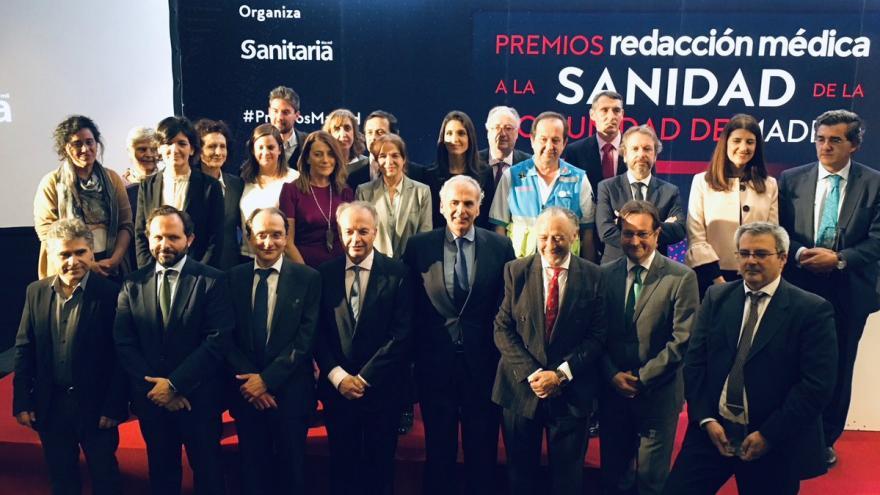 Foto de familia de los premiados de Redacción Médica