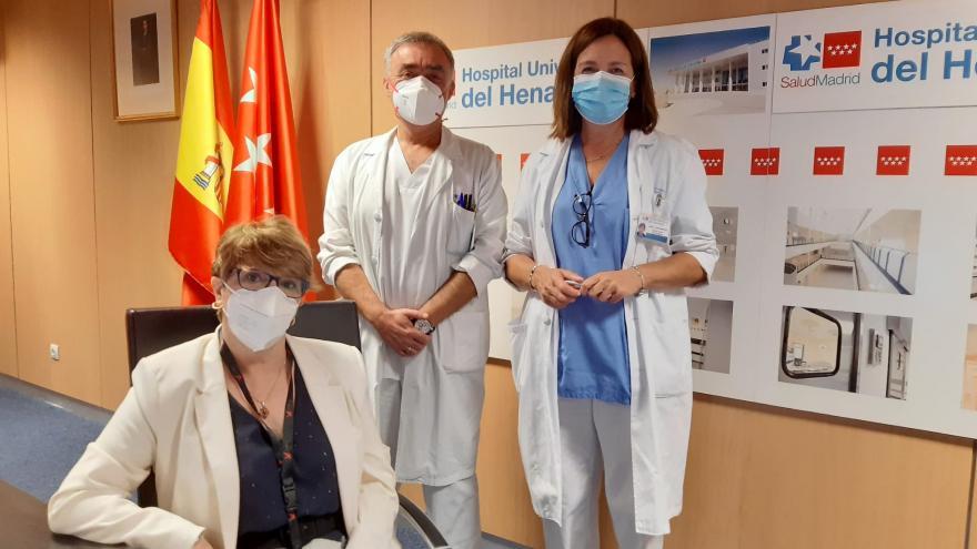 Profesionales sanitarios en el salón de actos