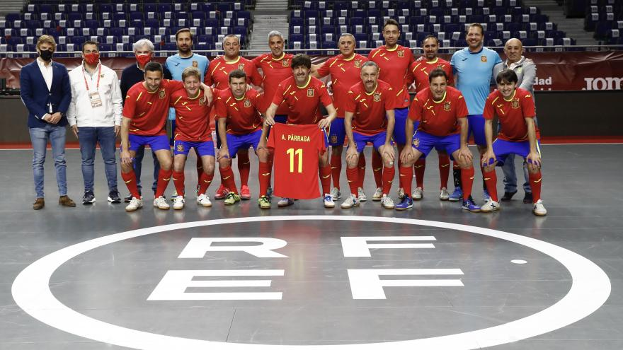 Equipo de jugadores profesionales que jugaron el partido homenaje