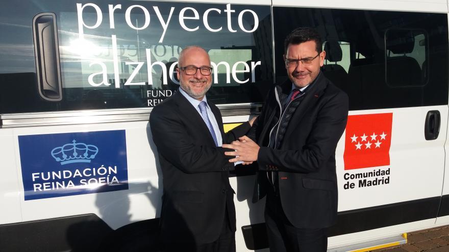 Acto entrega furgoneta Fundación Reina Sofía