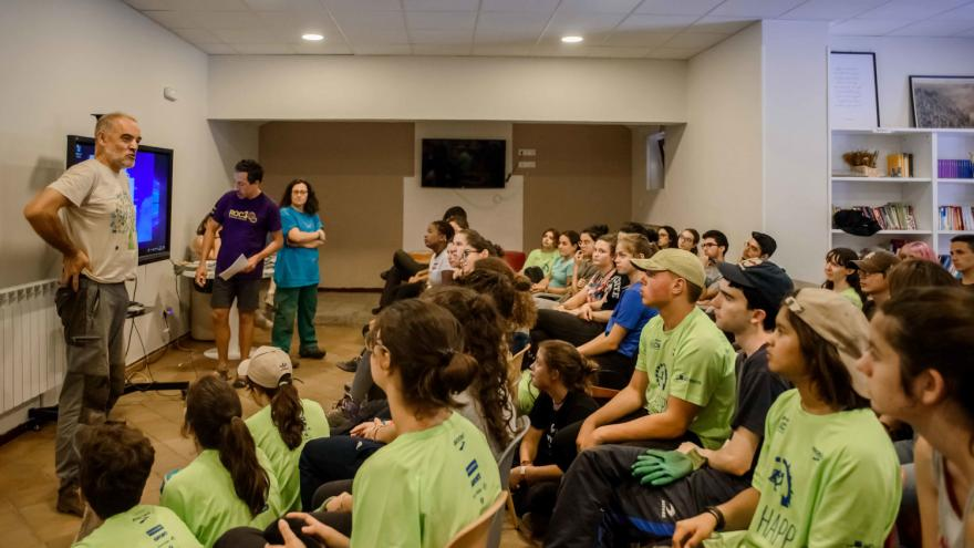 Albergue Juvenil Las Dehesas, grupo reunido