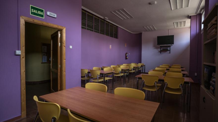Albergue Villa Castora sala de trabajo