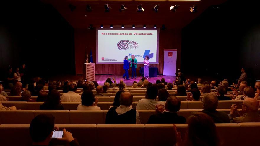 Encarna Rivero preside el acto homenaje de entrega de reconocimientos a siete voluntarios y siete entidades de la región