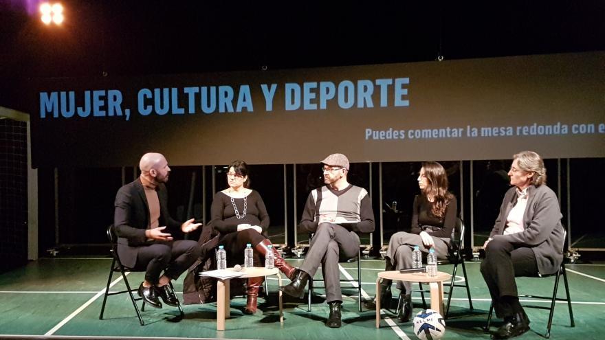 El consejero de Cultura, Turismo y Deportes ha participado en el debate con motivo del estreno de la obra Playoff de La Joven Compañía