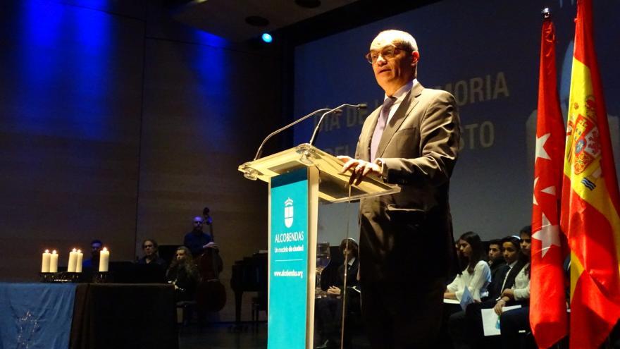 El consejero de Educación e Investigación ha participado hoy en el acto del Día de la Memoria del Holocausto en Alcobendas