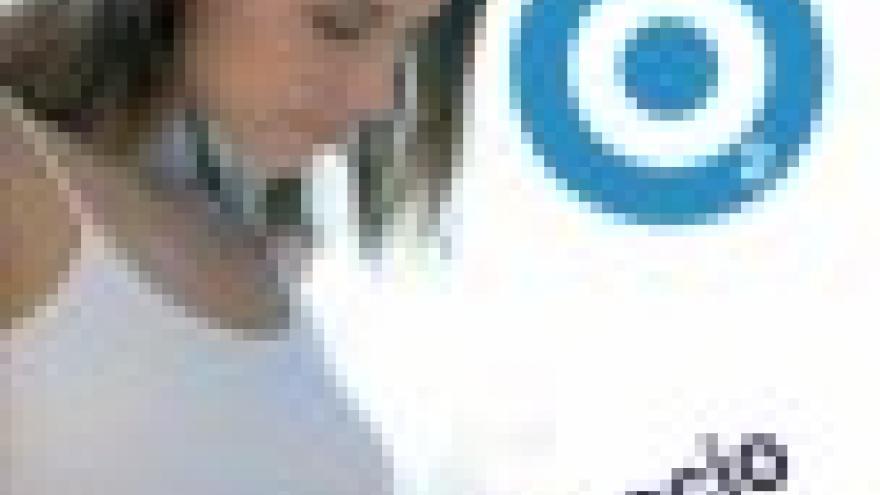 Mujer embarazada con un círculo verde en su tripa y pone espacio libre de humos