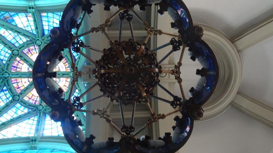 Imagen una de las lámparas