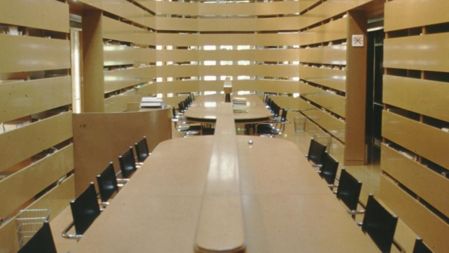 Imagen del interior de la biblioteca