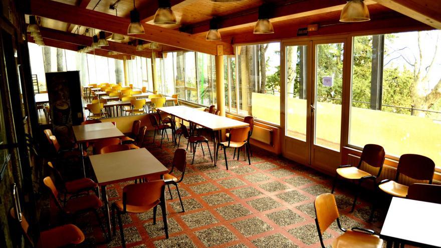 Sala de reuniones del Albergue El Escorial
