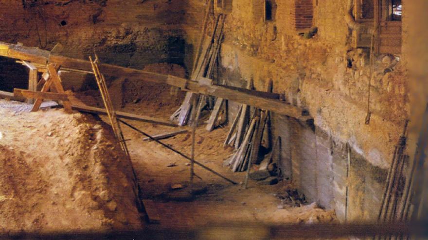 Imagen de excavaciones en una nave