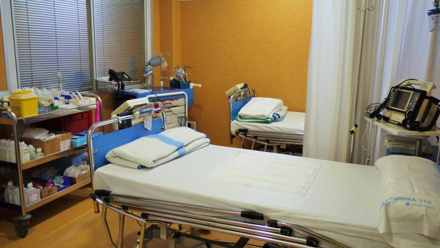 Instalaciones Centro Urgencias Extrahospitalarias el Molar camas de observacion