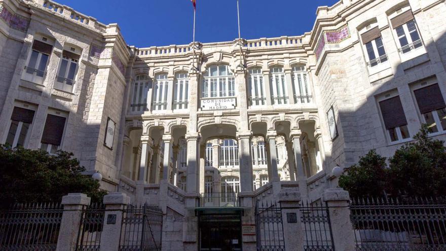 Imagen fachada principal del Palacio de Maudes